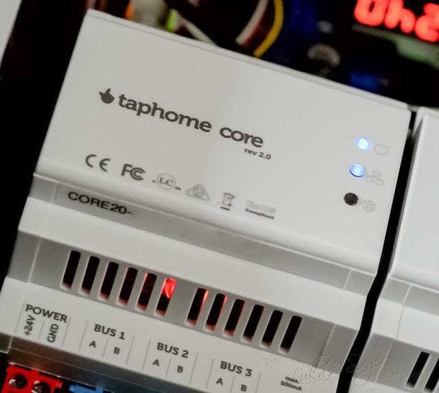 TapHome Core jednotka